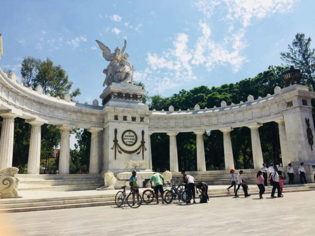 Monument mexico-mexique