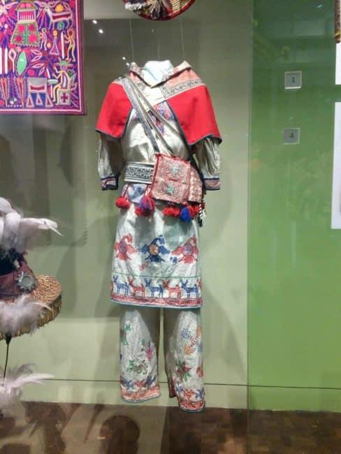 Costume mexicaine-musée-mexique