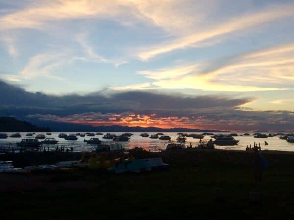Copacabana-lac-titicaca -paysage-beauté- promenade