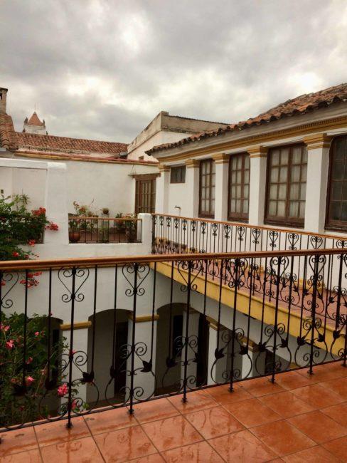 Sucre - Bolivie - belle ville - auberge de jeunesse - balcon