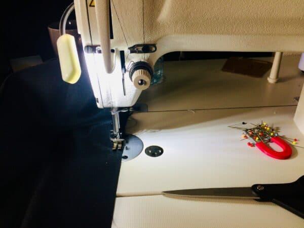 Tissus - Pérou - argentine - Amérique du Sud - ciseau - couture - voyage - machine a coudre -
